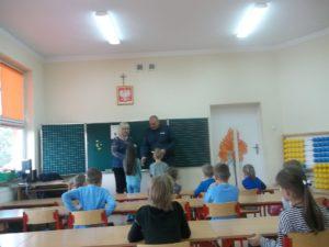 spotkanie-z-policjantem-w-szkole-podstawowej-w-krasnosielcu-2